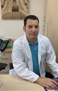 """ד""""ר אהרוני פינחס"""